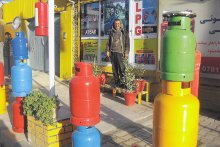 Colourful gas canisters imported from Turkey on sale in Kabul